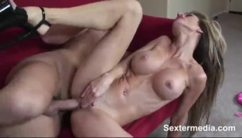 Veronica Avluv being the filthy MILF she is